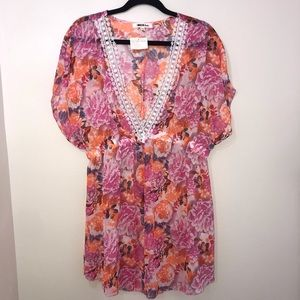 NWT Miken Floral Crochet Beach Cover Up Size XL